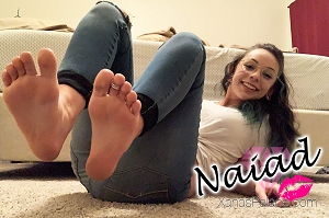 Foot Session with Naiad (22, 5'1